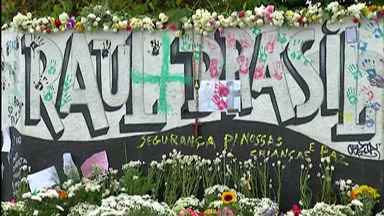 Defensoria Pública faz plantão em Suzano - Órgão atendeu vítimas e familiares de vítimas com informações sobre indenização.