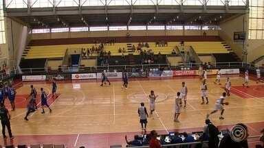 LSB perde em primeiro jogo do Campeonato Brasileiro - A Liga Sorocabana de Basquete perdeu o primeiro jogo do Campeonato Brasileiro de Basquete.