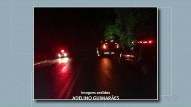 Jovem de 18 anos morre em acidente de trânsito na BR-158 - O carro caiu em um barranco na BR-158, entre Coronel Vivida e Pato Branco