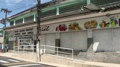 Dono do mercado Fiel é morto a tiros durante assalto em Angra dos Reis - Homens encapuzados entraram na casa dele, no bairro Banqueta, querendo dinheiro.