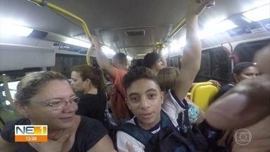 T.I. Sufoco: no aperto, passageiros passam mais de 2h no trajeto entre Jaboatão e Recife - Sem conforto durante a viagem, população que usa o transporte público reclama da situação.