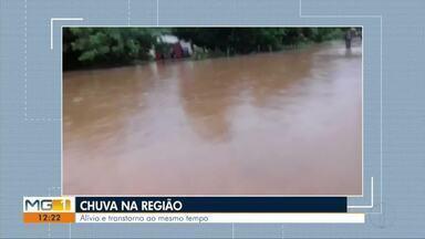 Chuva intensa provoca alívio e transtornos nas cidades do Leste de Minas - A chuva trouxe alívio mas também alguns transtornos devido alagamentos.