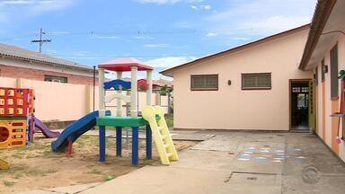 Escola de educação infantil busca o sonho de construir um refeitórios para os alunos - 'Galpãozinho' surgiu a partir de uma iniciativa de pais e mães que precisavam levam seus filho para a escola.
