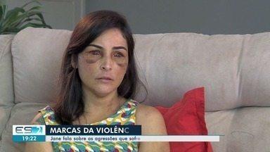 Jane Cherubim se emociona ao relembrar agressão: 'me sentindo sem chão' - Família de Jonas Amaral acredita que corpo encontrado do Sul do ES é dele.