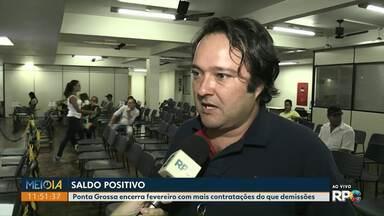 Ponta Grossa encerra fevereiro com mil contratações a mais do que demissões - Dados foram divulgados na segunda-feira (25).