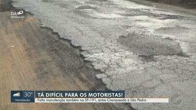 Buracos em rodovia entre Charqueada e São Pedro atrapalham motoristas - Situação da SP-191 se repete na Estrada Municipal Ivo Macris, que liga Americana (SP) a Paulínia (SP). Além dos buracos a sinalização está precária.