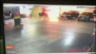 Ladrões explodem caixas eletrônicos dentro de hotel de luxo em Brasília (DF) - Quatro ladrões explodem três caixas eletrônicos em estacionamento de hotel de luxo em Brasília (DF).
