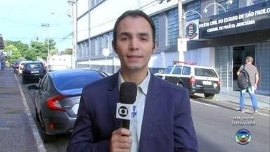 """Aplicativo do 'botão do pânico' ajuda mulheres em situação de risco - O governo de São Paulo libera nesta segunda-feira (1º) um aplicativo desenvolvido para ajudar mulheres em situação de risco. É um tipo de """"botão do pânico"""" no celular."""