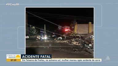 Mulher morre após batida em poste na região sul - O caso foi em Teixeira de Freitas; confira os detalhes.