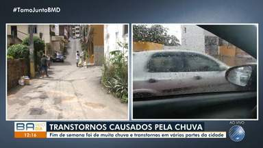 Chuva volta a causar alagamentos em vários bairros de Salvador - Fim de semana foi de muita chuva e transtornos em várias partes da cidade.