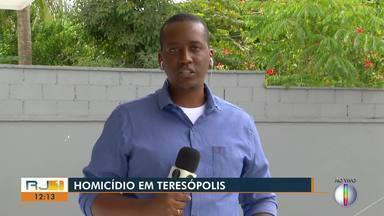 Homem é morto a tiros por suspeitos vestidos com farda militar em Teresópolis, no RJ - Assista a seguir.