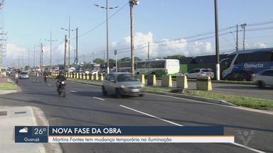Avenida Martins Fontes, em Santos, tem intervenção para remoção de postes - A partir desta segunda-feira (1º), a Avenida Martins Fontes terá uma nova intervenção no trecho entre a Rua Pio XII e a Rodovia Anchieta, no bairro Saboó.