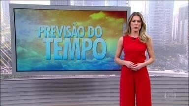 Previsão de mais chuva forte para o Nordeste e tempo fica firme no Sudeste - Principalmente em São Paulo, onde o dia vai ser de sol, a umidade relativa do ar pode cair. Do Maranhão até o Rio Grande do Norte, o risco é de temporal. Chove a qualquer hora no Norte. No Centro-Oeste e no Sul, a chuva vem à tarde.