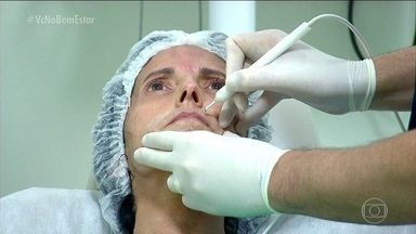 Esclerodermia causa o endurecimento da pele - Doença traz uma série de momentos difíceis. Entre eles, a relação com o espelho. Encarar o próprio reflexo traz angústias aos pacientes.