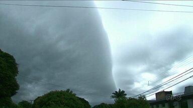 Tempo fecha em Umuarama nesta sexta-feira (05) - Previsão é de chuva no fim de semana em Paranavaí, Umuarama e Cianorte