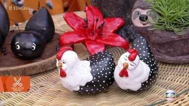 Vaso de bicho-preguiça é feito de material reciclável - A artesã Sandra Guinho ensina o passo a passo