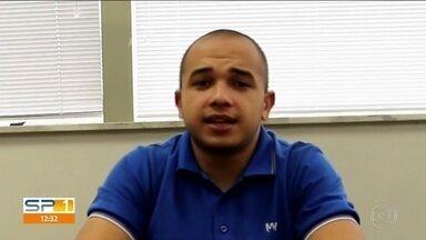 Deputado acusado de homofobia assume que é gay - O deputado Douglas Garcia, do PSL, usou as redes sociais para dizer que é gay. Ele havia sido acusado de homofobia após fazer uma declaração sobre transexual.