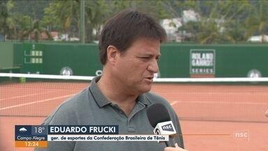 Jovens participam de seletiva para Roland-Garros em Itajaí - Jovens participam de seletiva para Roland-Garros em Itajaí