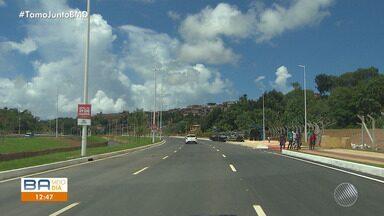 Terceira etapa da Linha Vermelha é entregue em Salvador; trecho liga a orla à BR-324 - Obra entregue para a comunidade neste sábado (6) tem 3 quilômetros de extensão e vai chegar aos 19 quilômetros quando foi totalmente concluída.