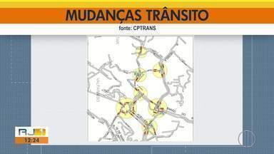 CPTrans faz mudanças no trânsito de Petrópolis, RJ, a partir desta segunda - Serão 10 alterações que irão ocorrer até sexta-feira (12) entre 16h30 e 19h30.