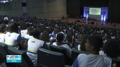 Projeto Ondatec prepara estudantes da rede pública para vestibulares de escolas técnicas - Mais de 2 mil alunos participaram do lançamento do projeto.