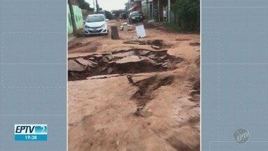 Cidades da região entram em estado de alerta após chuvas - Em Campinas (SP) o volume de chuvas já é o maior para o mês de abril em quase 30 anos.