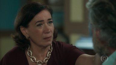 Valentina explica seu plano a Feliciano - Ela garante que deseja proteger a Irmandade