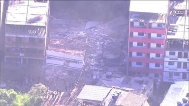 Desabamento na Zona Oeste do Rio deixa dois mortos; ainda há desaparecidos - O Rio de Janeiro começou essa sexta-feira (12) sob o impacto de mais uma notícia triste: o desabamento de dois prédios na comunidade da Muzema, na Zona Oeste da cidade. Já foram confirmadas duas mortes.