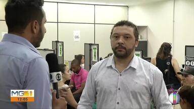 Cartório Eleitoral faz recadastramento biométrico em Governador Valadares - Ainda faltam 150 mil eleitores para fazer a biometria digital; prazo termina em fevereiro de 2020.