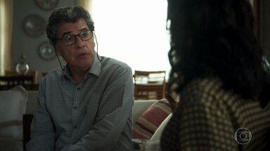 Miguel diz teve a impressão de que Jamil realmente gosta de Laila - Missade pede para ele prometer que não vai deixá-lo se aproximar de Laila