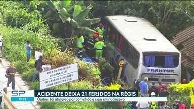 21 pessoas ficaram feridas em um acidente na Rodovia Régis Bittencourt - O ônibus em que elas estavam foi atingido por um caminhão