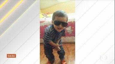 Corpo de menino que morreu atropelado durante perseguição em SP será enterrado - A mãe do menino, que também foi atingida, está internada em estado grave. Eles foram atropelados quando voltavam para casa.