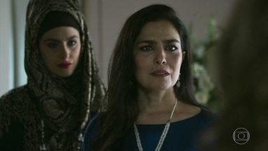 Soraia se assusta com os comentários de ódio de Dalila - Uma das esposas de Aziz conta que Youssef já conseguiu capturar Laila e está perto de pegar Jamil também. Dalila comemora e deseja se vingar do noivo prometido