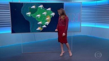 Confira os destaques da previsão do tempo para a terça-feira (23) - Eliana Marques alerta para o risco de temporais no Sul.