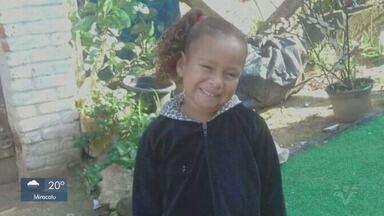 Menina de seis anos que sumiu enquanto dormia é encontrada morta - Kauani Cristhiny, de seis anos, era procurada há cinco dias em Mongaguá.
