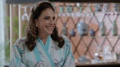 Mercedes fica animada com o dia do casamento do seu filho - Quinzão faz uma nova surpresa para a Lidiane