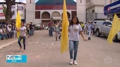 Moradores de Ribeirão recebem feirão da TV Digital - Cidade fica na Zona da Mata Sul de Pernambuco.