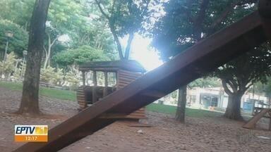 Brinquedos estragados colocam crianças em risco no Parque Maurílio Biagi em Ribeirão Preto - Prefeitura informou que irá retirar os equipamentos e estudar outra forma de diversão para a meninada.