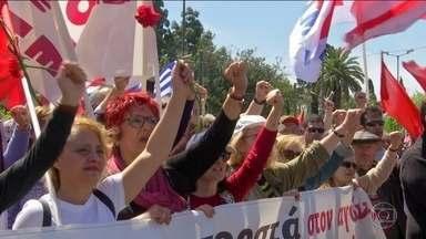 Primeiro de Maio tem manifestações ao redor do mundo - Na Europa, as atenções estavam concentradas na França, que atravessa uma onda de protestos há mais de cinco meses. Mais de 300 pessoas acabaram presas.