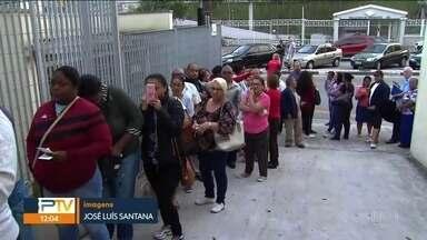 Prefeitura de São Bernardo assume erro em hospital referência - Pacientes ficam horas na fila para conseguir marcar uma consulta.