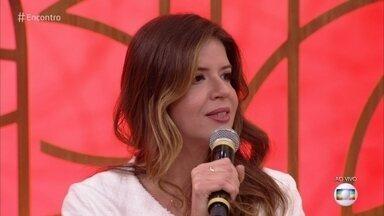 Mariana Santos fala sobre sobre a síndrome do pânico - Atriz conta que como enfrenta o problema e diz que o palco é o único local onde nunca teve uma crise