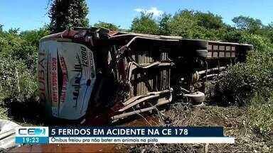 Cinco estudantes ficam feridos em acidente na CE-178 - Saiba mais em g1.com.br/ce