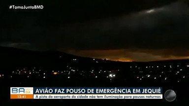 Avião com o cantor Amado Batista faz pouso de emergência na cidade de Jequié - Carros foram deslocados para iluminar a pista. A prefeitura informou que o procedimento será comunicado à agência de aviação.
