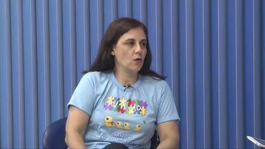 Audiência pública sobre o autismo é realizada em Ipatinga - Levantamento aponta que de a cada 110 pessoas no mundo, uma tem autismo; Neuropsicóloga fala sobre o transtorno.