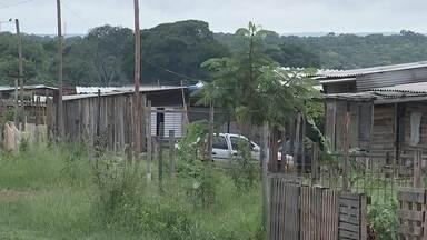 Grupo do assentamento Canaã invade Seplan em Bauru - O grupo do assentamento Canaã invadiu a sede da Secretaria de Planejamento em Bauru na manhã desta quinta-feira (16). Eles desocuparam o prédio no início da tarde.