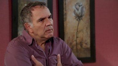 Herculano se sente ofendido com pergunta de Janaína - Após discussão Janaína fica em silêncio