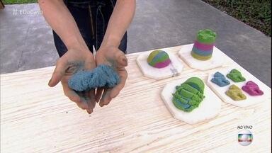 Aprenda a fazer Massa Areia - Brinquedo é nova sensação entre a criançada