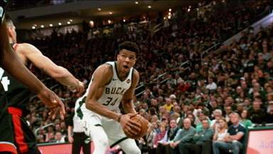 Milwaukee Bucks bate o Toronto Raptors e abre 2 x 0 na final da Conferência Leste na NBA - Milwaukee Bucks bate o Toronto Raptors e abre 2 x 0 na final da Conferência Leste na NBA