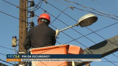 Mutirão de iluminação é realizado em Cascavel - O trabalho começou pela região norte da cidade.