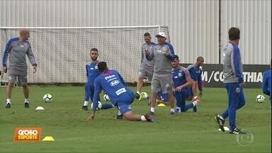 Santos e Corinthians juntos: times dividem centro de treinamento antes da 5ª rodada - Santos e Corinthians juntos: times dividem centro de treinamento antes da 5ª rodada